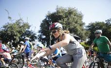 El Día de la Bicicleta pedalea por la solidaridad