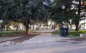 Apamex aborda la mejora de la accesibilidad en las 145 paradas de autobús de Badajoz