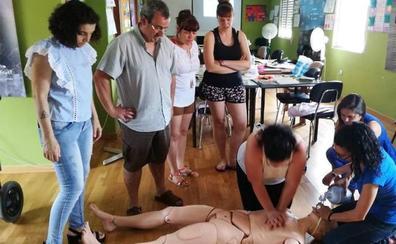 Se ofrecen nuevos cursos homologados de atención sociosanitaria