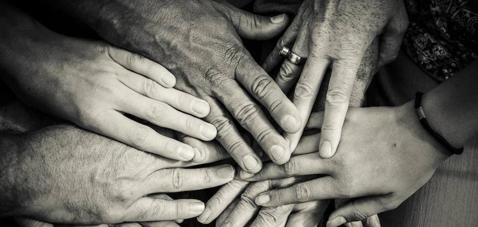 Fundación Atenea presenta en Extremadura el premio 'Quintín Montero' al trabajo solidario