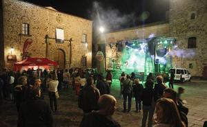 La Fundación Josep Carreras celebró este domingo en Cáceres el festival solidario 'Imparables contra la leucemia'