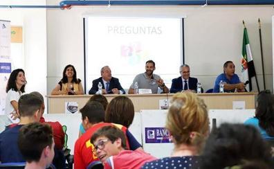 Más de 1.200 jóvenes 'taponan' el botellón con la Fundación José Manuel Calderón en Don Benito