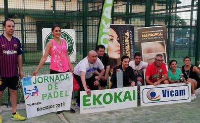 Cocemfe entrega los premios de su primer torneo de pádel