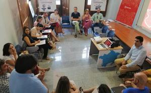 'Empléate' conciencia en Llerena sobre la inserción laboral de discapacitados