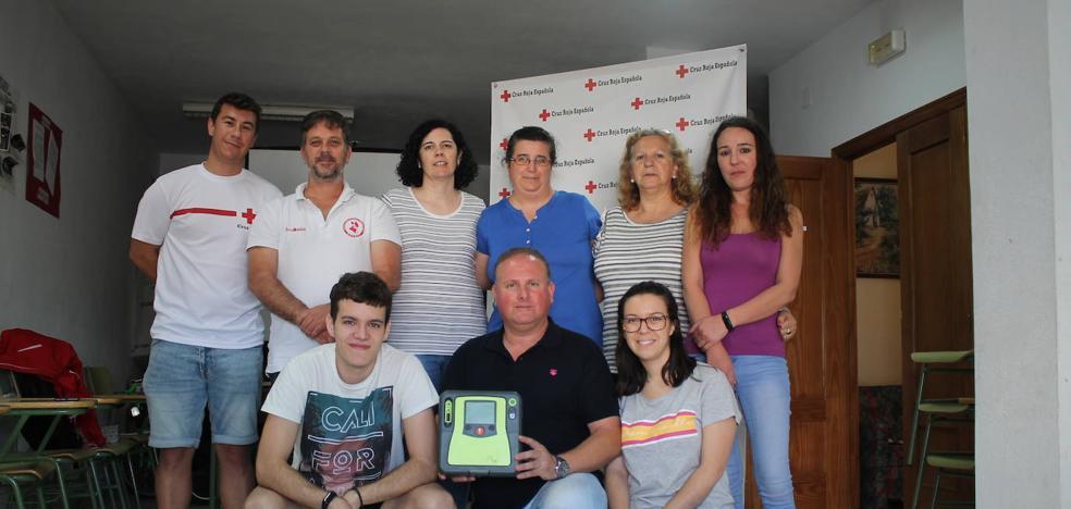 Voluntarios de Cruz Roja Monesterio se forman en el manejo de desfibriladores semiautomáticos