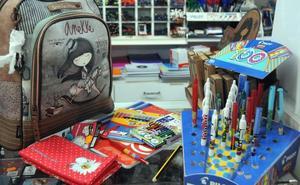 El Ayuntamiento de Mérida concede 461 ayudas de material escolar para el curso próximo