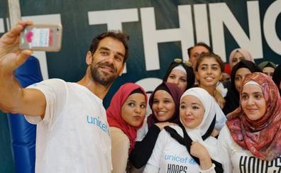 Calderón visita a los niños refugiados en Líbano con Unicef