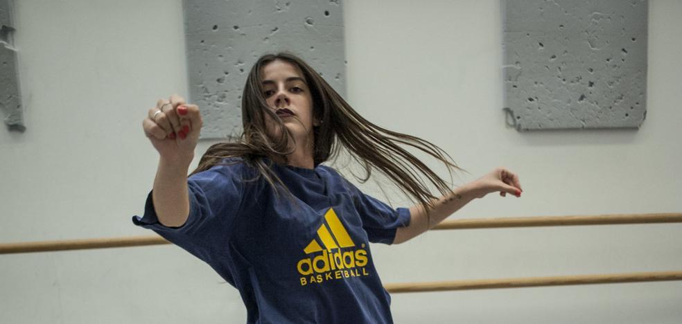 «El baile me ayudó a superar el acoso escolar que sufrí»
