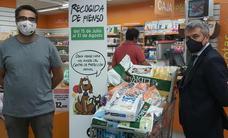 El Corte Inglés entrega 100 kilos de alimentos para el centro de protección animal de Badajoz