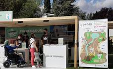 Plena inclusión Extremadura participa en el Día Mundial del Turismo con información turística accesible y talleres de Accesibilidad Cognitiva para niños