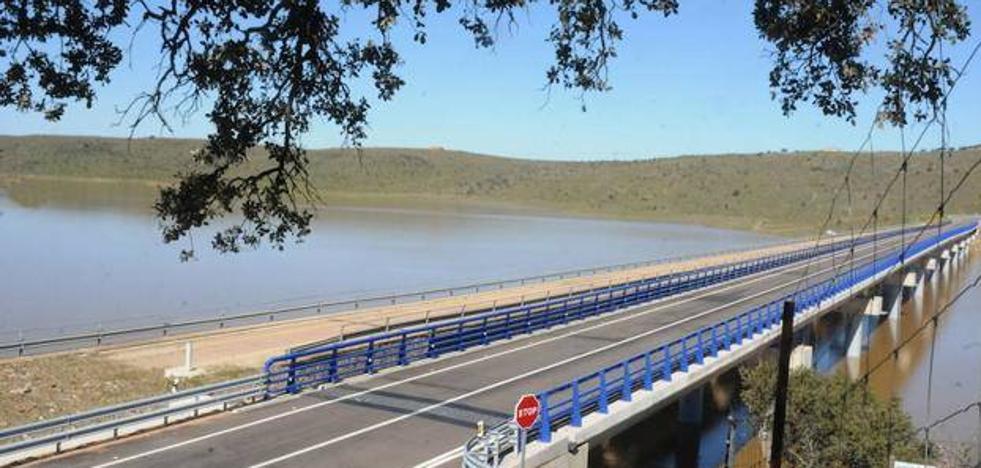 Fomento impulsa la obra de la carretera de Herrera del Duque a Toledo que une a Talarrubias