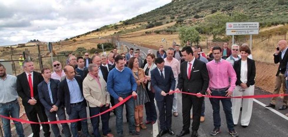 La Diputación de Badajoz ha invertido 2 millones en la mejora de dos carreteras de La Siberia