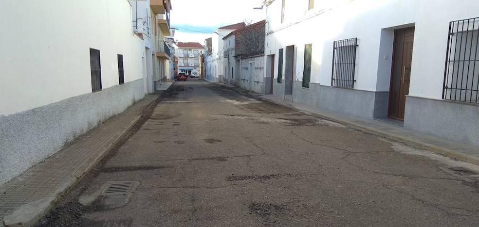 Talarrubias comienza el asfaltado de varias calles