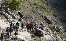 La Guardia Civil de Talayuela participa en el rescate de un senderista en la ruta Carlos V
