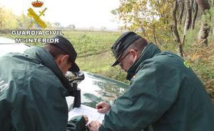 Dos agentes de la Guardia Civil de Talayuela, consiguen tras más de doce horas de rescate, poner a salvo a dos senderistas