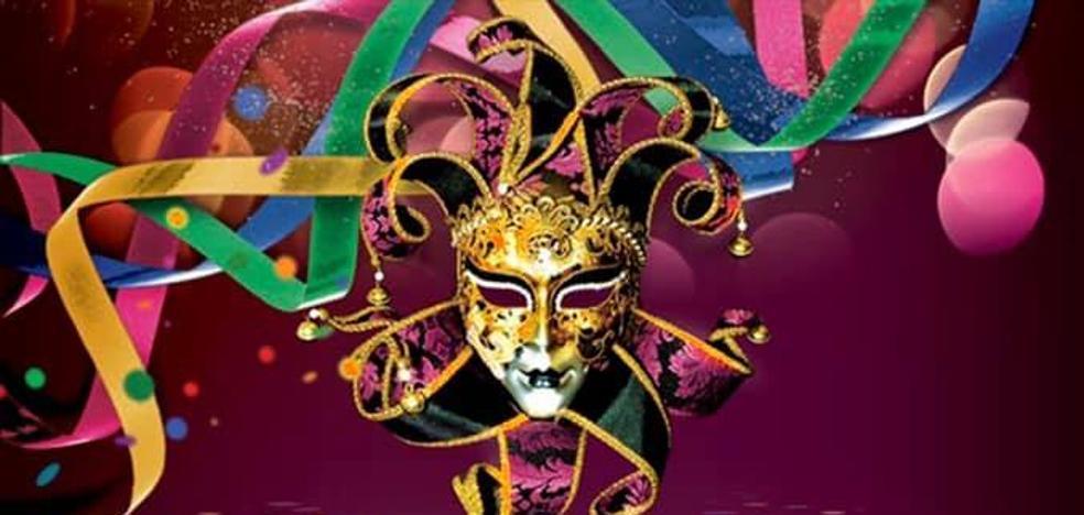 Día grande de Carnaval en Talayuela con el desfile de comparsas y carrozas y el carnaval nocturno