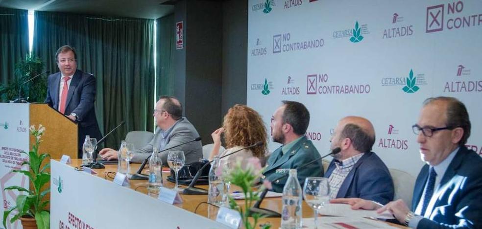 Fernández Vara apela a la unión y al diálogo para defender al sector del tabaco en un mundo global y complejo