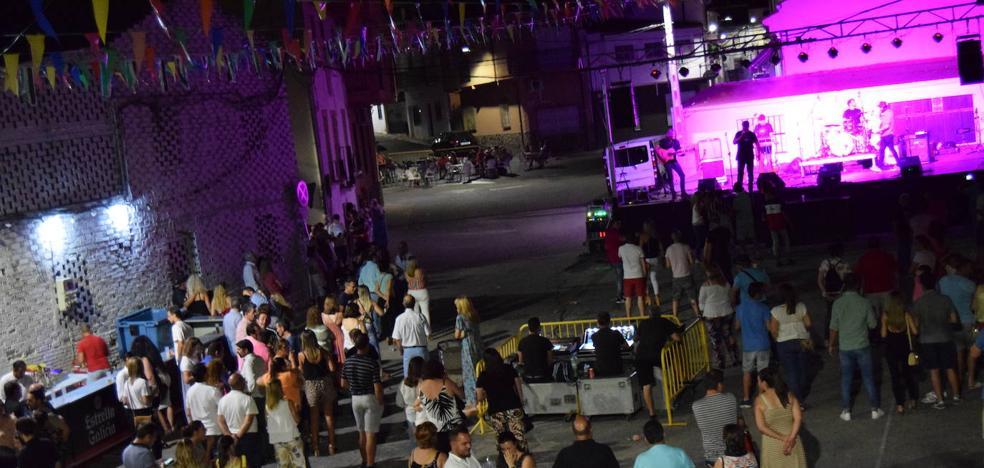 El Ayuntamiento convoca a los hosteleros para preparar los festejos de 2019 y 2020