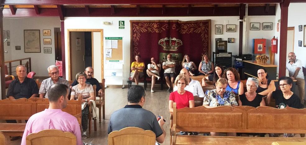 La Diputación reúne a vecinos y vecinas del Arañuelo para elaborar un catálogo de recursos y servicios