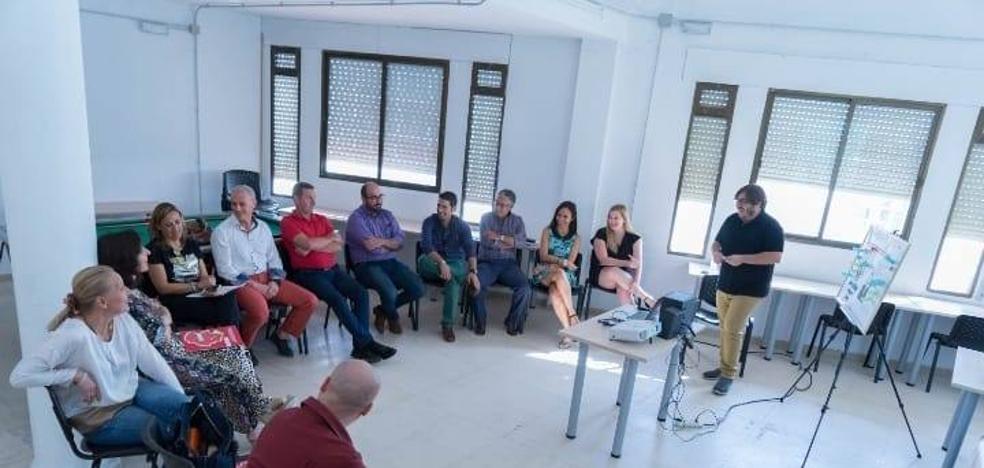 'Inserta Talento' conciencia en Talayuela sobre la inserción laboral de discapacitados