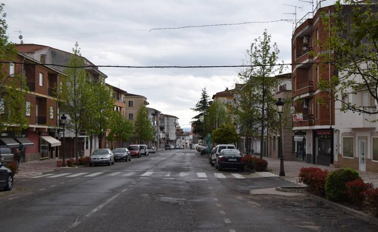 El Covid-19 deja las calles de Talayuela vacías
