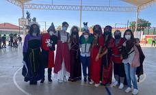 Personajes históricos visitan el Gonzalo Encabo para celebrar el V centenario de la finalización de la primera vuelta al mundo