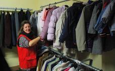 La demanda del ropero solidario de Cruz Roja aumenta con el frío