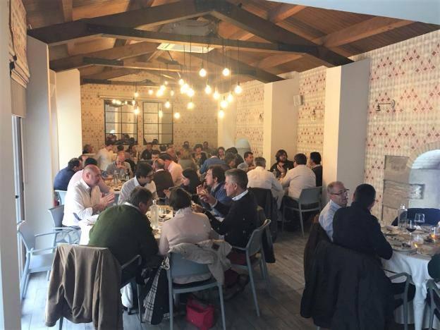 Una nueva jornada gastronómica reúne a 60 empresarios