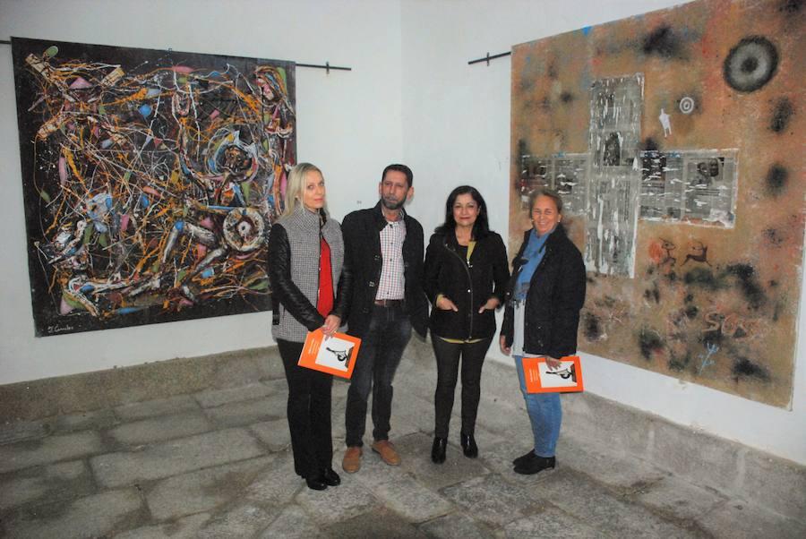 El artista trujillano Julio Corrales expone su obra en el conventual de San Francisco