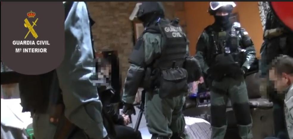 La Guardia Civil desmantela «una peligrosa organización criminal» de venta de drogas