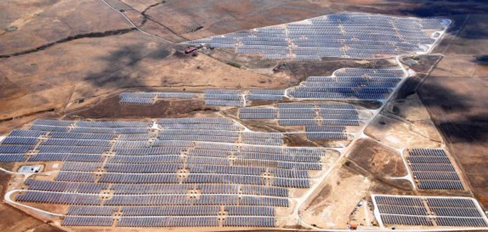 Los trabajos de la nueva planta solar se intensificarán durante este mes