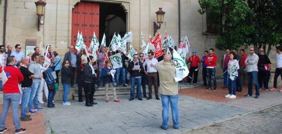 Los sindicatos anuncian protestas porque no se aplica la relación de puestos de trabajo municipales
