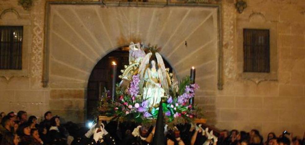 El Santo Entierro y la del Silencio cierran las procesiones de la Semana de Pasión en Trujillo