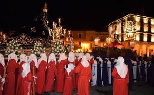 La procesión del Santo Entierro no se celebró por culpa de la lluvia, pero sí pudo salir la del Silencio