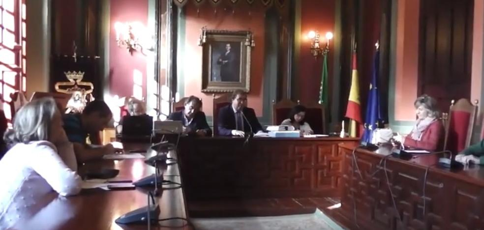 El Pleno da los pasos para la regularización urbanística de una zona de la avenida de Extremadura con negocios