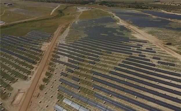 Iberdrola avanza para construir la planta fotovoltaica más grande de Europa entre Torecillas de la Tiesa y Aldeacentenera