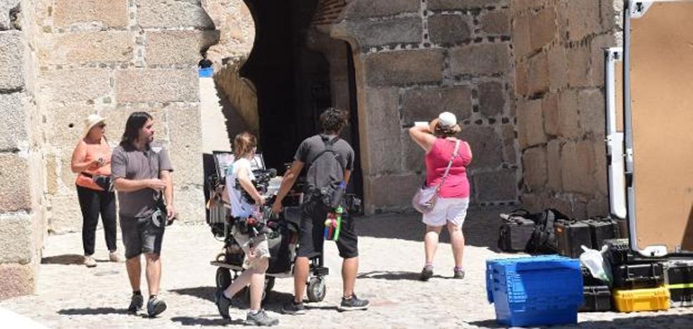 El rodaje de la serie 'Hernán. El hombre' se inicia en el castillo