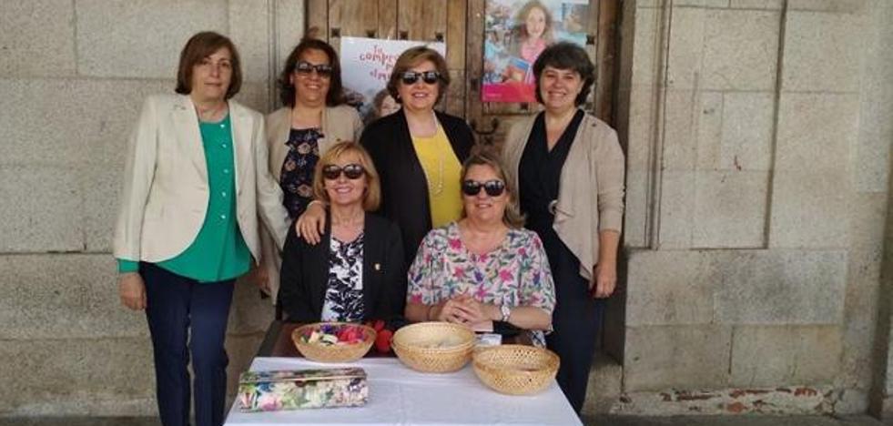 El programa de familias de Cáritas atiende a cerca de 120 personas