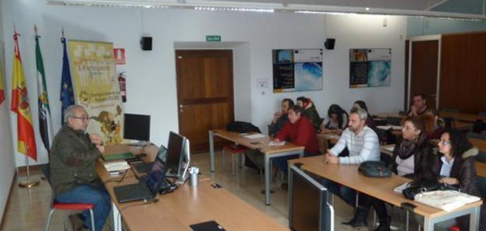 Adicomt abre nuevas líneas de ayudas para empresas de la comarca