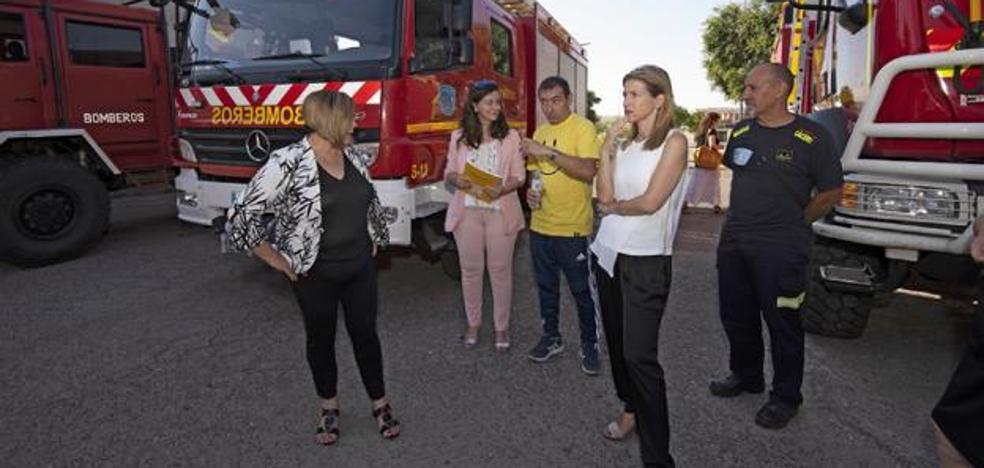 La diputada del SEPEI anuncia los parques de bomberos de Trujillo, Guadalupe y Jarandilla de la Vera