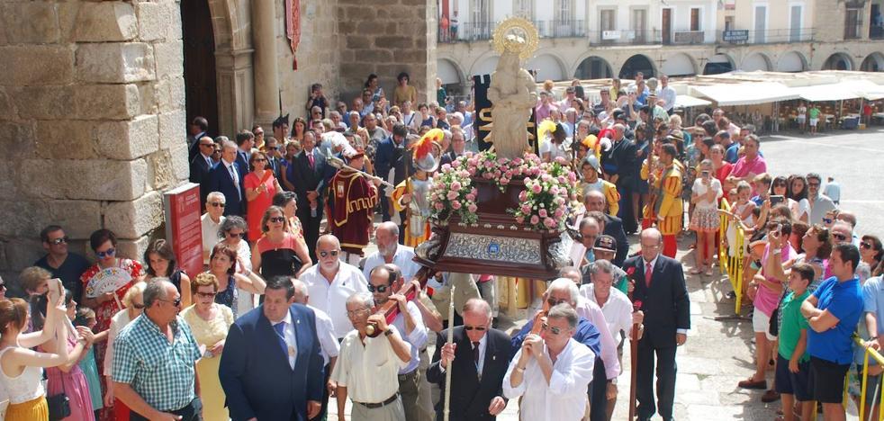 Las fiestas patronales se fijan a partir del primer domingo de septiembre