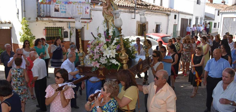 Estivalia comparte protagonismo con las fiestas de La Villa y de Belén