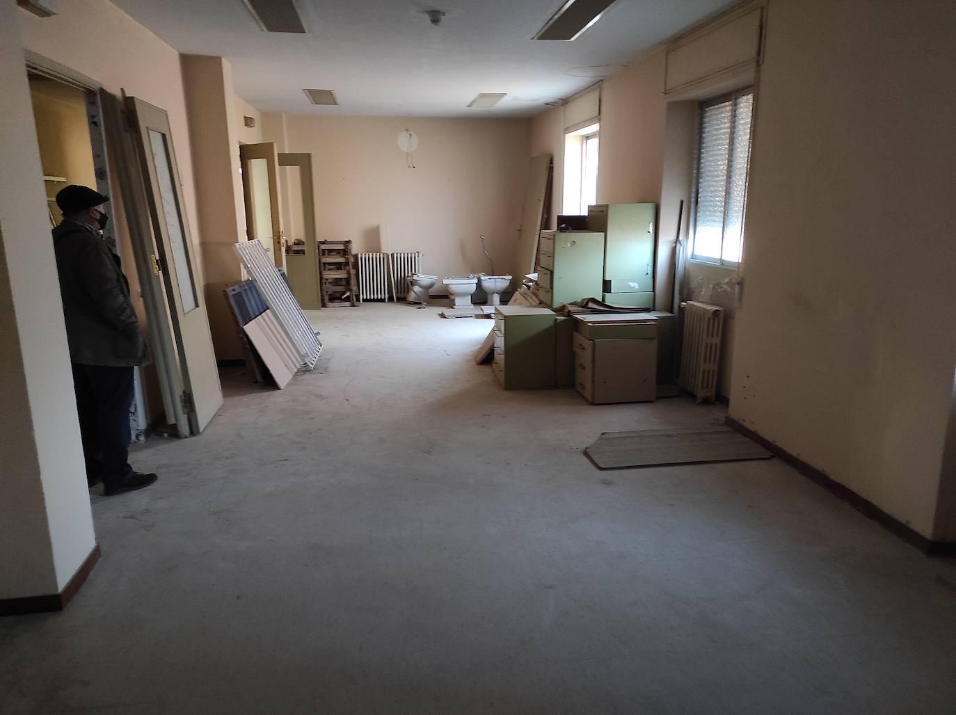 Limpieza del edificio de la Seguridad Social