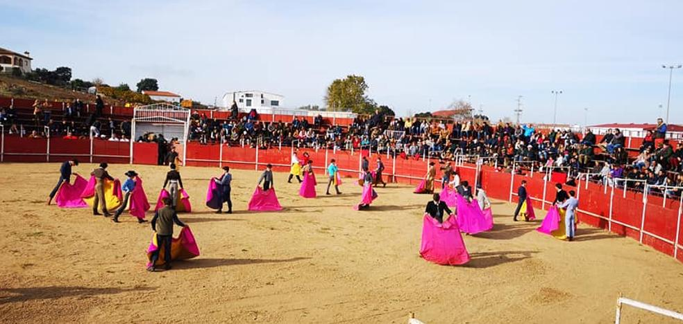 La Escuela Taurina de la Diputación clausuró su curso en Valverde