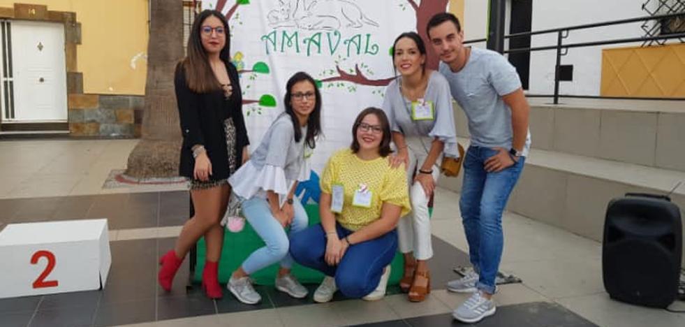Amaval, una asociación que lucha contra el maltrato y abandono animal