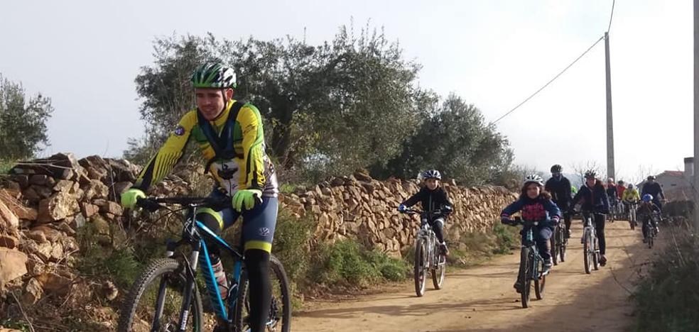 Nace una escuela de ciclismo para los más pequeños