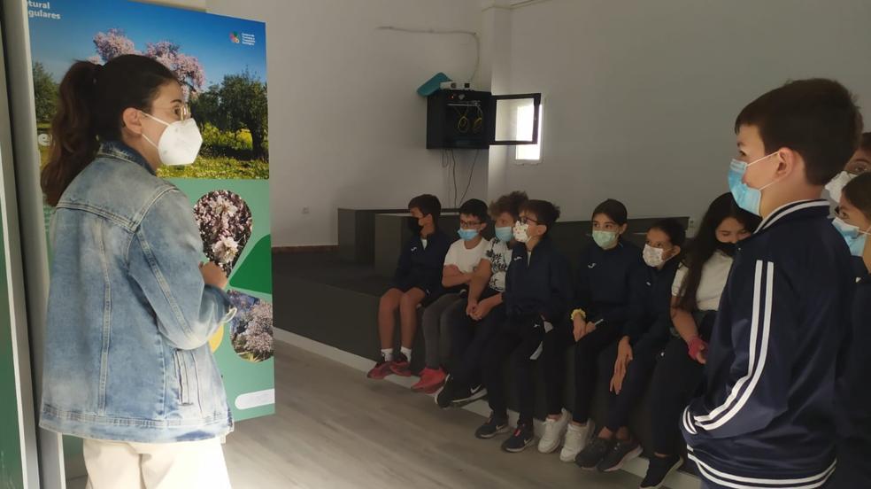 Visita de los Escolares al Centro de Turismo