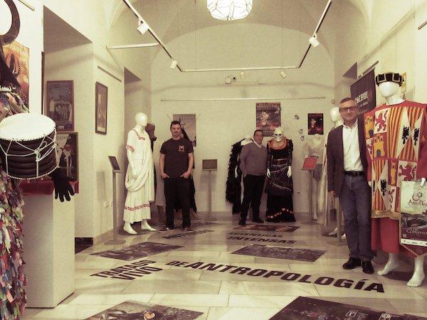 El Museo Histórico-Etnográfico y del Vehiculo de Villafranca rememora que hace seis años reabrió con un completo y renovado proyecto museográfico
