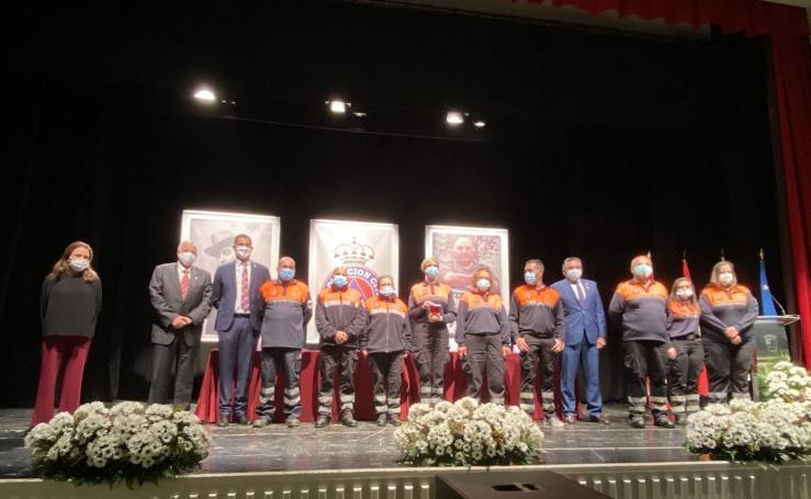 Protección Civil, José Cascales Muñoz y Juan de la Peña, homenajeados en el 'Día de la Ciudad'