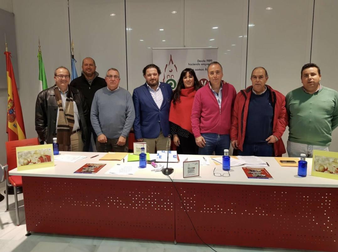 Empresarios de Villafranca se unen en la firma del Manifiesto de agrupación de hosteleros de eventos y salones de celebraciones de Extremadura
